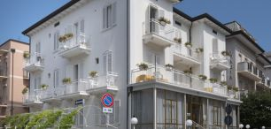 HOTEL ITALIA (dojazd własny)