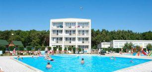 Hotel WCZASY W PUSTKOWIE - OŚRODEK ZEM-TOURIST- pokoje, dojazd własny
