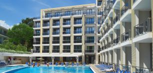 Hotel ARENA MAR (autokarem, 10 dni)