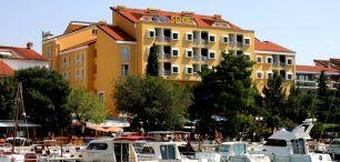 HOTEL SELCE*** - wczasy autokarowe w Chorwacji